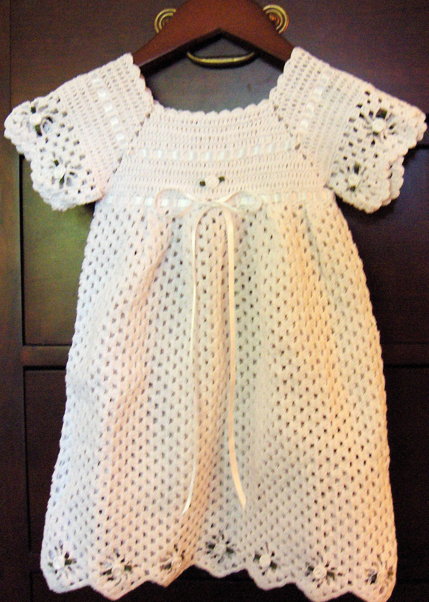 Crochet Baby Dress And Bonnet Pattern : HEIRLOOM CROCHET BONNET PATTERN ? Easy Crochet Patterns