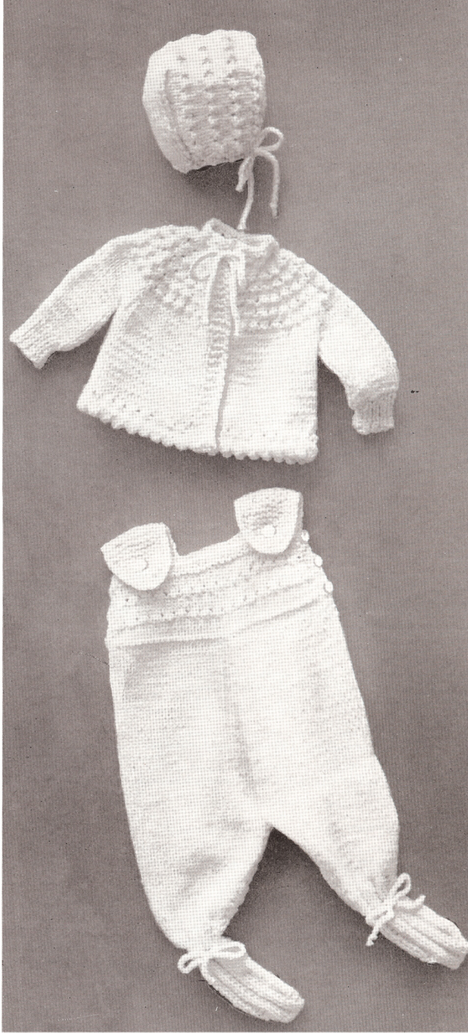Knitting Pattern Wallpaper : Dog sweater patterns vintage antique knitted