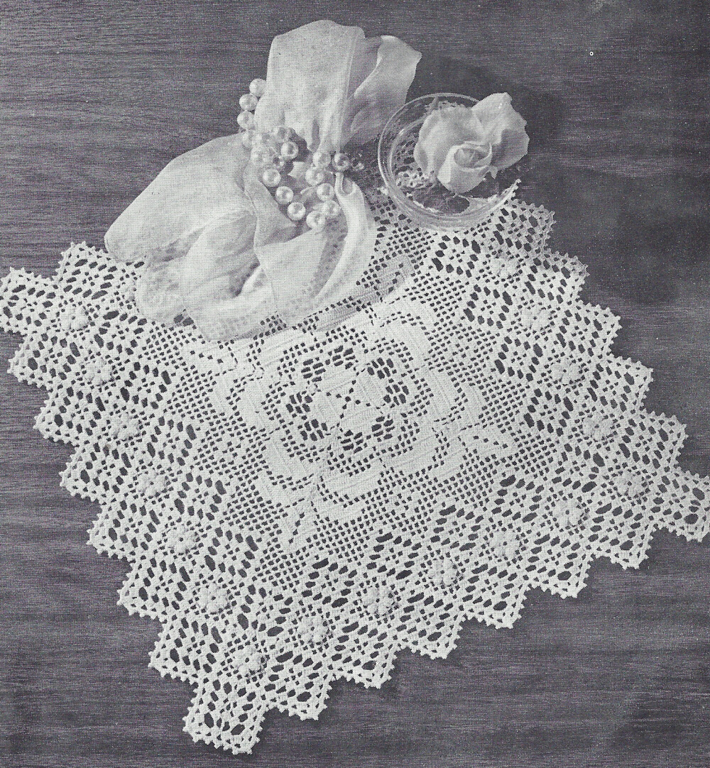 Vintage Crochet Pattern Tomake Doily Centerpiece Mat Filet