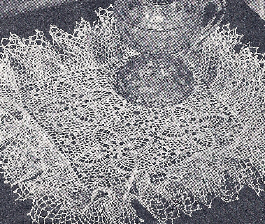 Crochet Patterns Vintage Doilies : Vintage Crochet Pattern Pineapple Doily Ruffled Square eBay