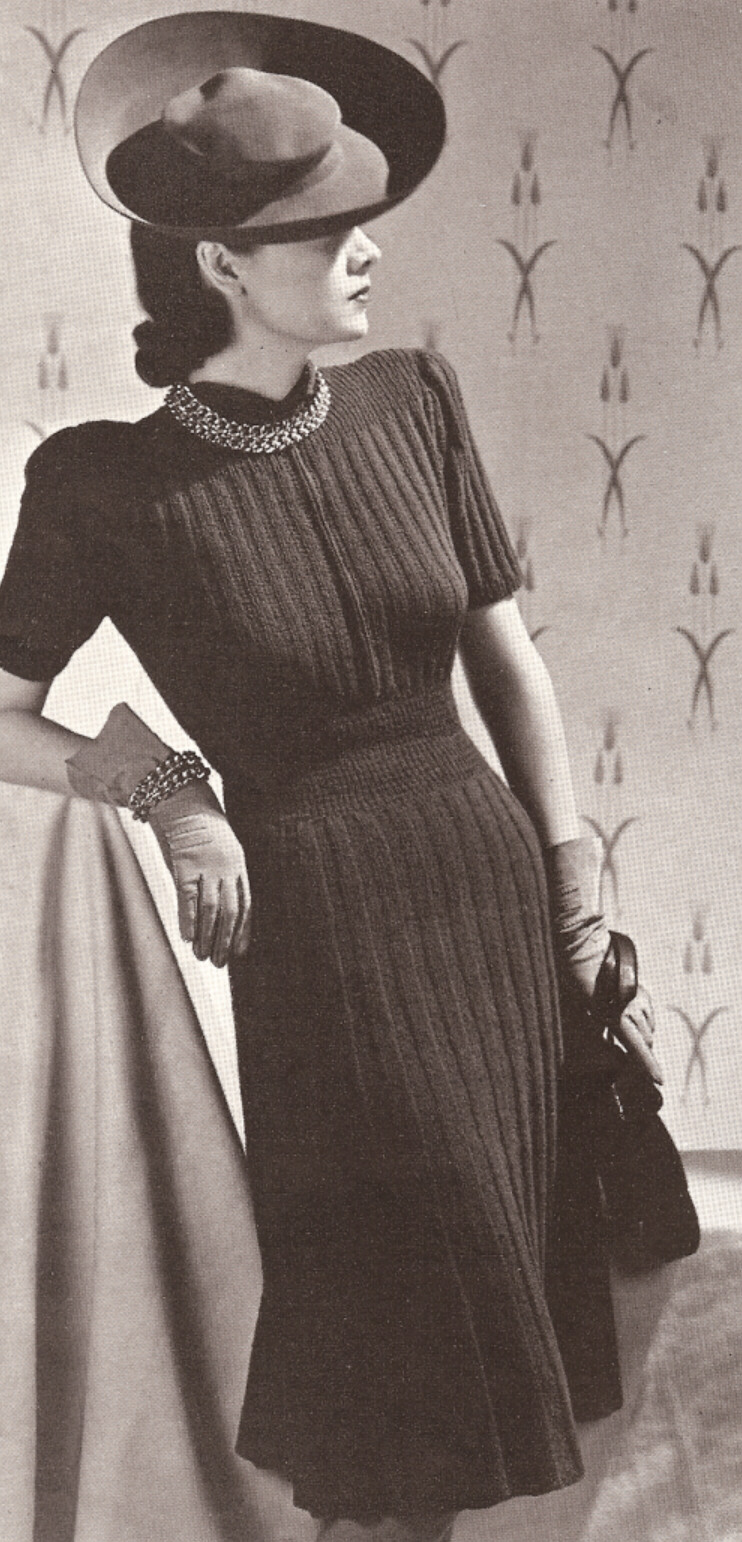 Old Knitting Pictures : Vintage knitting pattern to make vogue designer dress rib